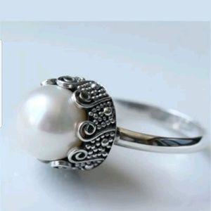 Jewelry - Fashion pearl ring